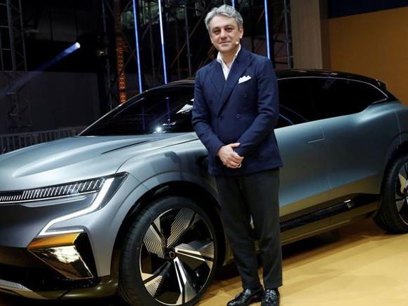 Gruppo Renault, ecco il piano di Luca de Meo: 14 nuovi modelli entro il 2025. Tutti Ibridi o elettrici