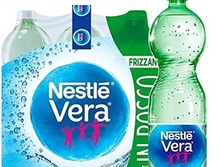 Acqua Vera Nestlé, ritiro di un lotto dal mercato. Il ministero: «Rischio microbiologico»