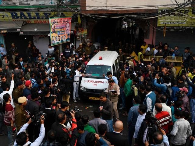 Tragedia in India, incendio in un mercato a New Delhi: almeno 43 morti