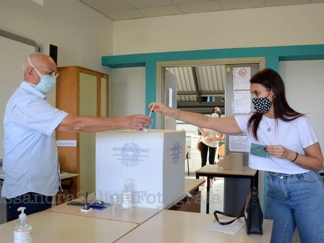 Referendum, l'affluenza alle 19: a Forlì ha votato quasi un terzo dei cittadini