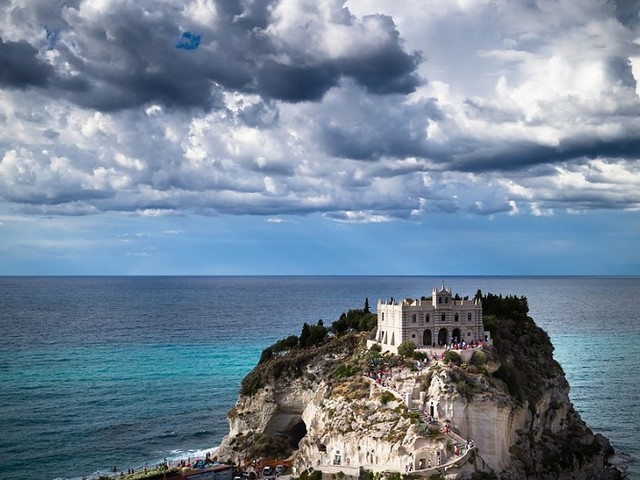 La Calabria alla Borsa Mediterranea del Turismo di Napoli