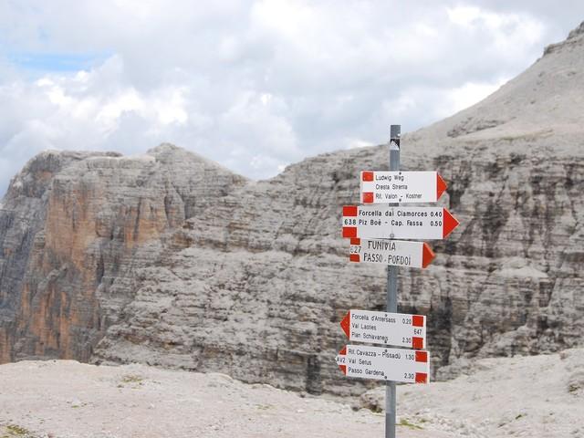 """Nessuna cancellazione del termine """"Alto Adige"""", si tratta di un'incongruenza"""