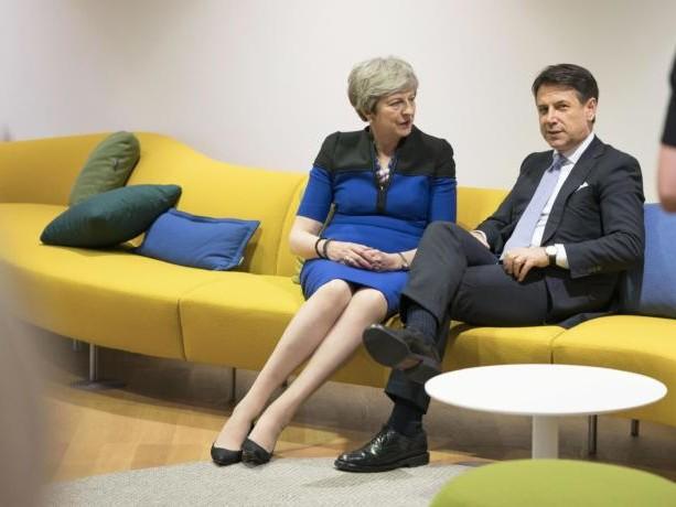 L'Italia seduta sul divano della Brexit