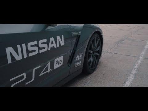 Nissan GT-R radiocomandata che si controlla con il DualShock di PS4 | video