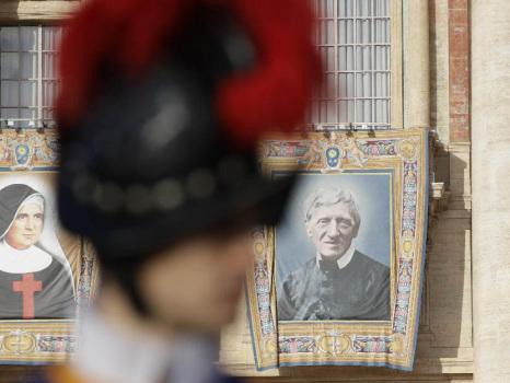 Papa Francesco proclama 5 nuovi Santi a piazza San Pietro