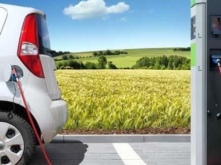 Più di 2 milioni di veicoli elettrici su strada in tutto il mondo. I perchè e i come dello sviluppo