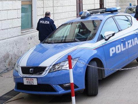 ''Questo non è amore'': la campagna informativa della Polizia fa tappa a Civitavecchia