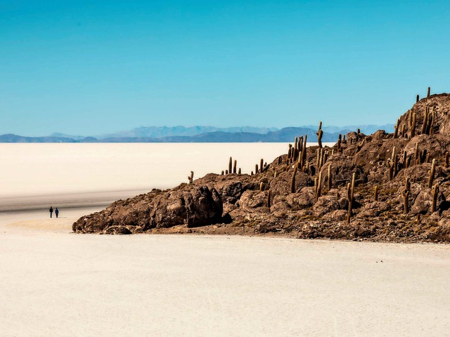 Bolivia: deserti di sale, lagune cangianti e miniere