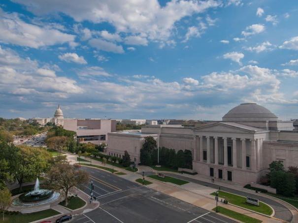 Lo shutdown USA non risparmia l'arte: chiusi National Gallery di Washington e altri musei