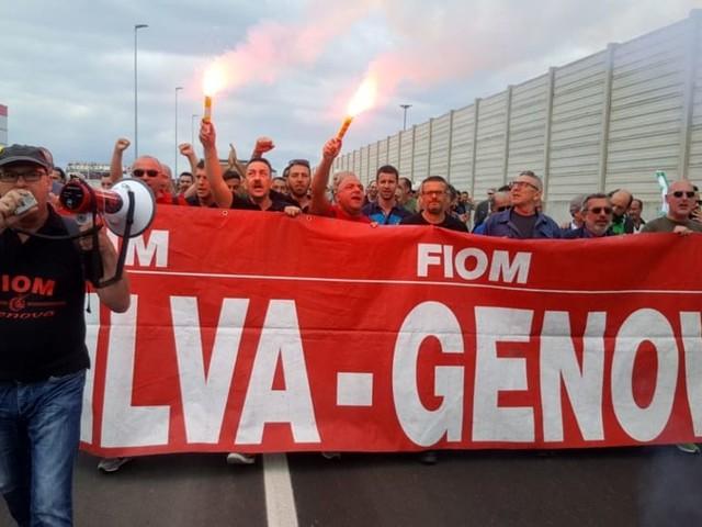 Ex Ilva, i commissari denunciano Arcelor Mittal e la Regione attacca il governo