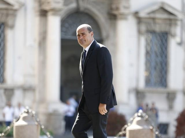 ll Pd inventa tre paletti suicidi soltanto per far fuori Renzi