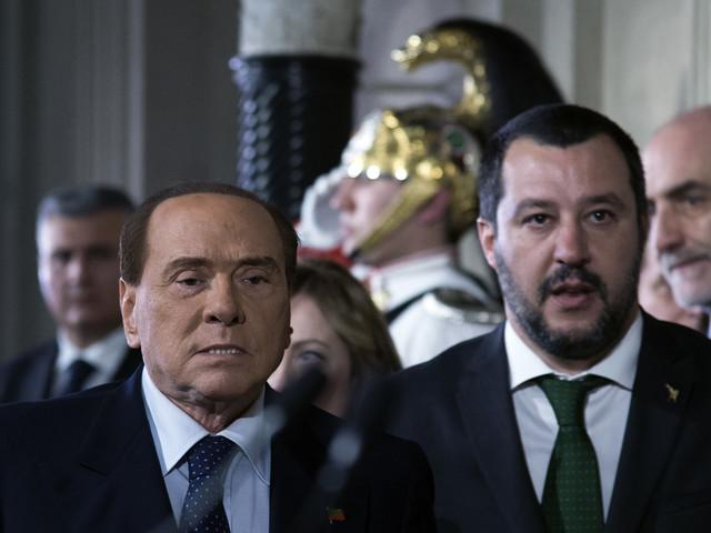 """Berlusconi incontra Salvini: """"In piazza contro il governo"""""""