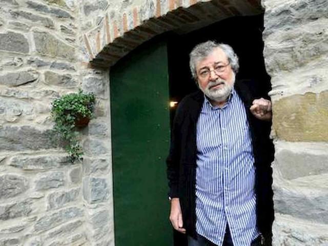 """Francesco Guccini compie 80 anni: """"Io il primo in famiglia a raggiungere questa età"""""""