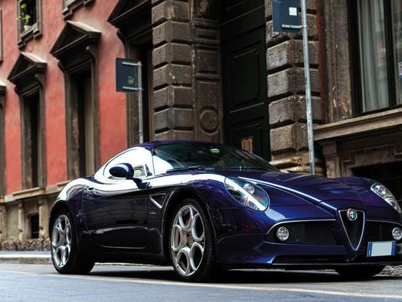 Alfa Romeo 8C Competizione: all'asta l'auto della scommessa con Marchionne