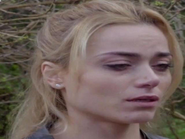 Spoiler Un posto al sole fine ottobre: Alberto si scaglia contro Clara