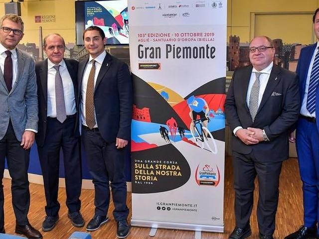 Il Giro del Piemonte porta sul traguardo di Oropa le stelle del ciclismo internazionale