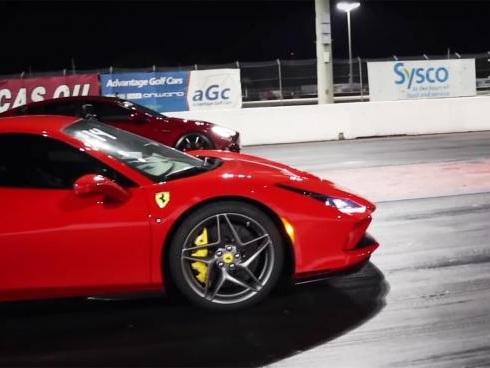 Ferrari F8 Tributo vs Tesla Model S Performance: il V8 non si batte