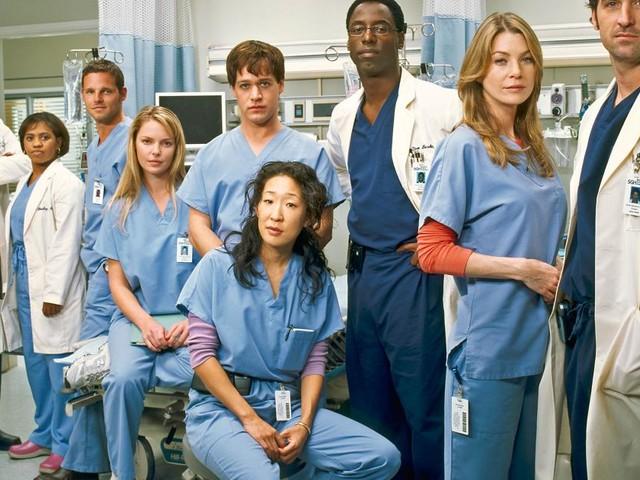 Grey's Anatomy spoiler, Holly Marie Combs e Alyssa Milano di nuovo insieme su un set