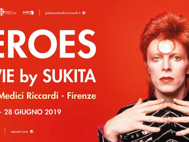 Heroes. Bowie By Sukita, la mostra fiorentina fino al 28 Giugno: Tra oriente e occidente, uno spazio possibile.