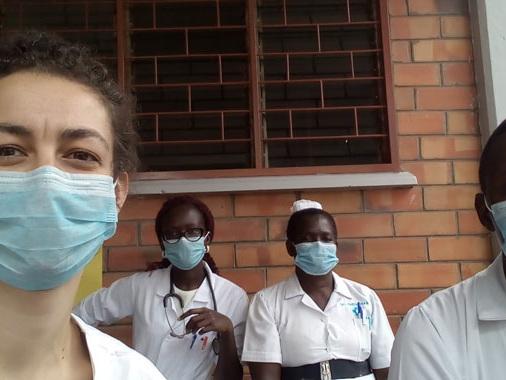 """Valentina Mozzi, intervista esclusiva dall'Uganda: """"Qui 10 posti di Terapia Intensiva, ecco come reggiamo"""""""