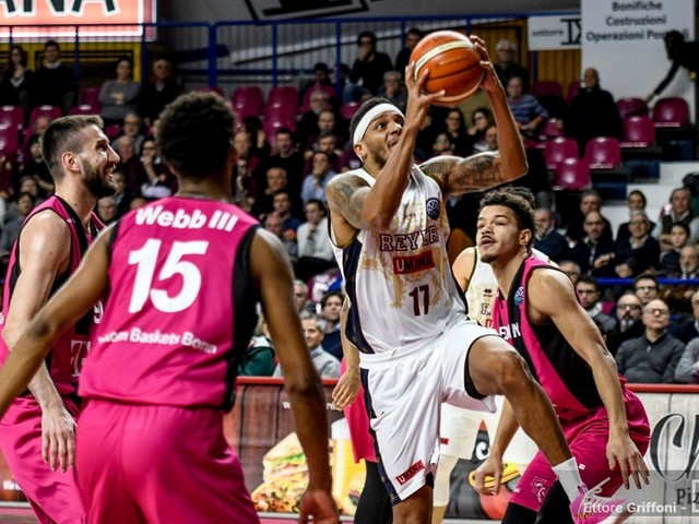 Basket, Champions League 2019: Venezia perde in casa con Bonn e rimanda la qualificazione