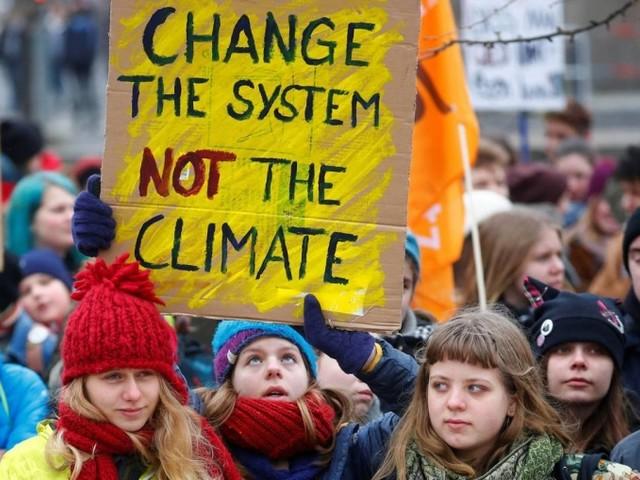 """Le mobilitazioni per il clima ci stanno consegnando una nuova narrazione del """"possibile"""", e dovremmo sfruttarla"""