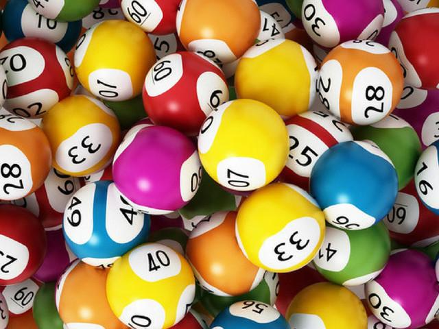 Estrazioni Lotto, Superenalotto e 10eLotto 3 dicembre 2019: ecco i numeri vincenti, Jackpot da 41,3 milioni di euro