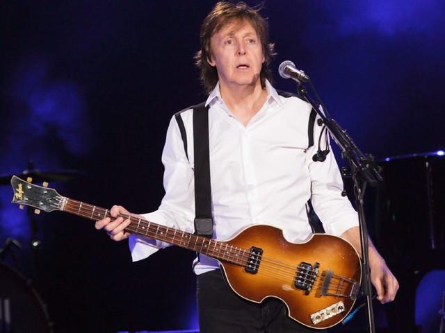 La leggenda della morte di Paul McCartney: gli indizi nascosti nei dischi dei Beatles