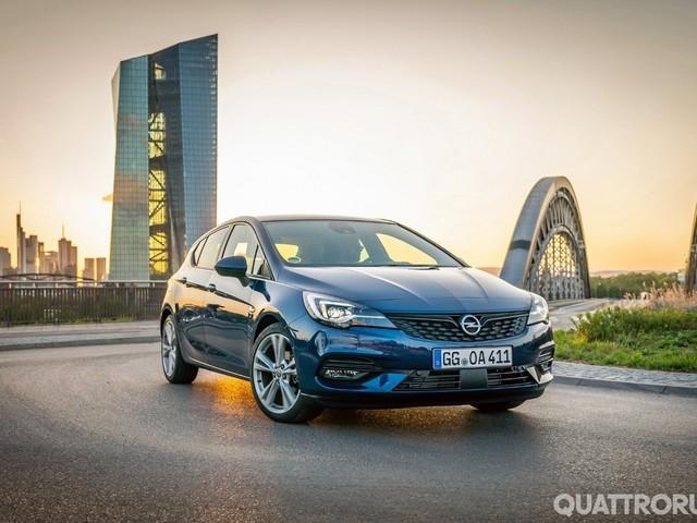 Opel Astra - Al volante del facelift, berlina e station