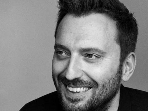 """Cesare Cremonini ha annunciato l'uscita della raccolta """"Cremonini 2C2C The Best Of"""""""