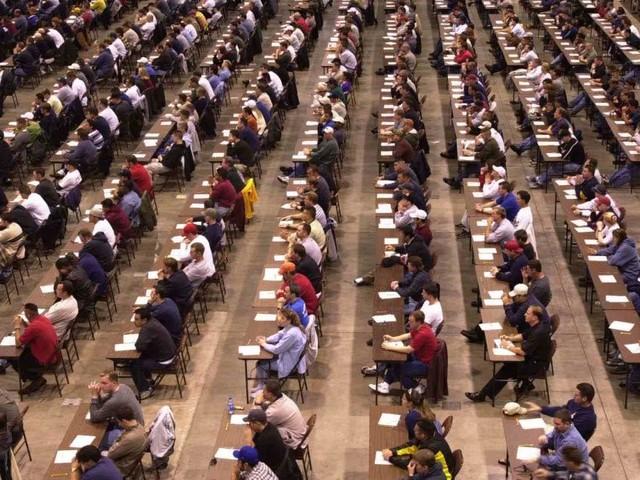 Concorsi scuola, proposta sindacati: 55.604 docenti precari per 25.000 cattedre col PAS