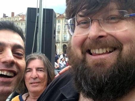 Mario Adinolfi sempre più ridicolo: «In Italia gli adolescenti gay non subiscono alcuna forma di discriminazione»