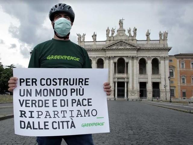 Sondaggio post lockdown di Greenpeace: il 37% chiede mobilità sostenibile e più verde pubblico
