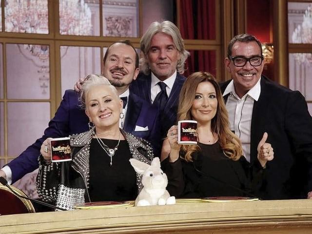 Stasera in tv su Rai 1 la seconda semifinale di Ballando con le stelle 2019