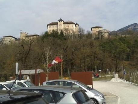 Giovani addetti alla sorveglianza dei parcheggi a Castel Thun: domande entro il 13 luglio