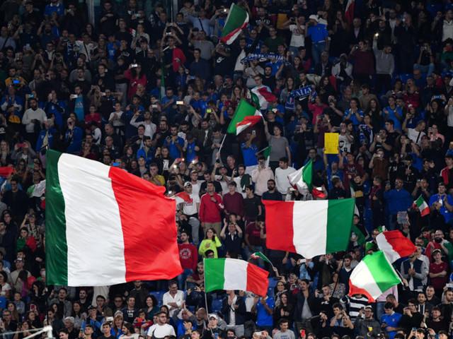 Europei di calcio, sì di Speranza alla presenza del pubblico allo stadio