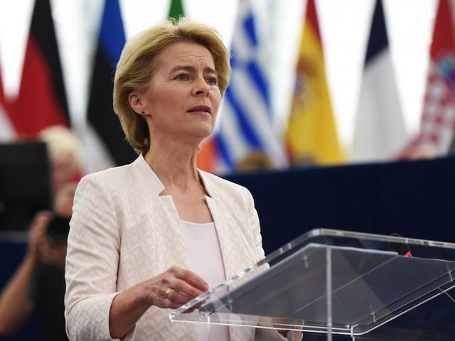 Von der Leyen divide l'Europa Eletta con nove voti di scarto