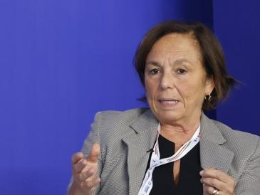 No Vax, Lamorgese: «Alle manifestazioni rischio estremismi e lupi solitari»