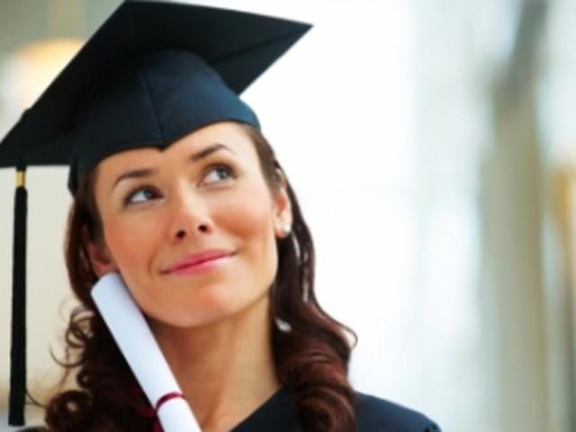 Università, ci si potrà iscrivere a due corsi di laurea contemporaneamente: approvata la proposta di legge