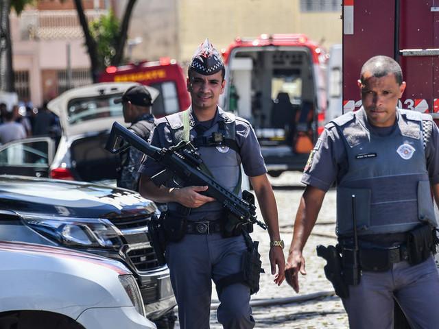 La pandemia non ferma gli assassini in Brasile: un omicidio ogni 10 minuti
