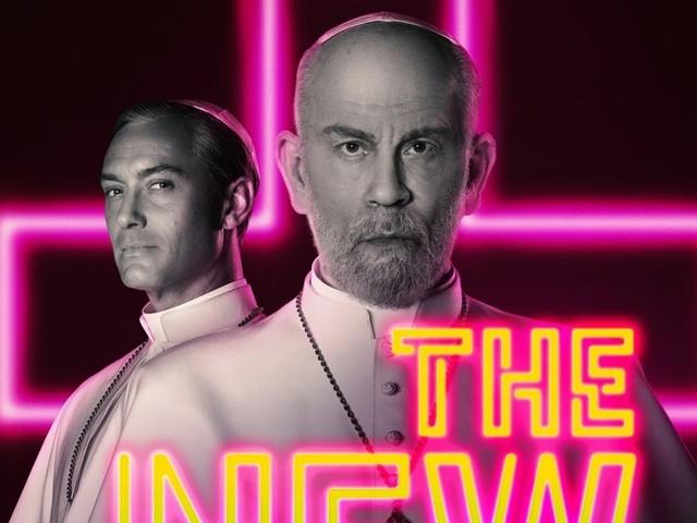 Svelata la data di The New Pope con Jude Law e John Malkovich: nuove foto del sequel della serie di Sorrentino