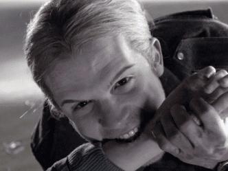 Era James in Twilight: oggi a 37 anni invecchiato, capelli lunghi, era Kevin Volchok in The O.C. [FOTO]