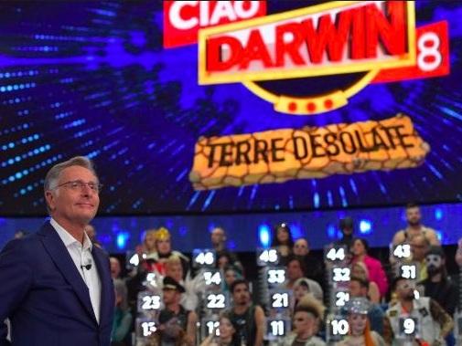 Ciao Darwin 8: concorrenti in ospedale. La prova dei rulli viene eliminata