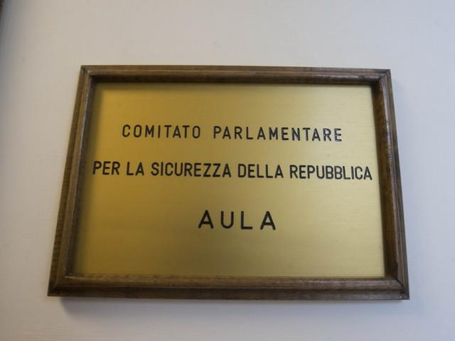 Allarme interferenze straniere sull'Italia. Ora interviene il Copasir (per fortuna)