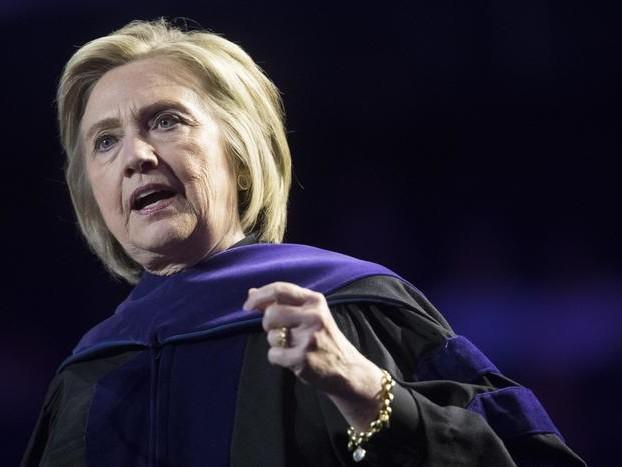 Hillary Clinton, russi con candidata dem