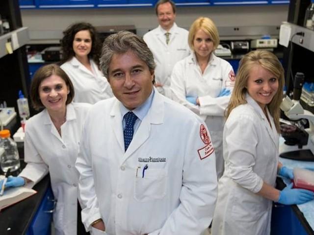"""INTERVISTA - Il professor Giordano: """"Non esistono vaccini migliori di altri. Per lo Sputnik serve cautela"""""""