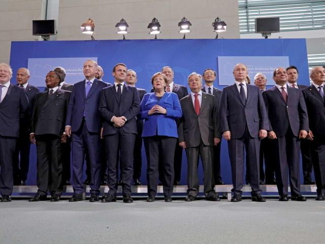 Conferenza di Berlino,accordo sulla Libia: sì alla tregua e stop alle armi | Il nodo petrolio