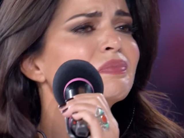 Laura Torrisi piange ad Amici Celebrities: il motivo e le parole di Maria De Filippi | video Witty tv
