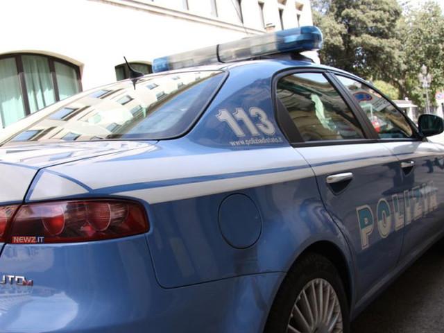 Sulla bici elettrica a Reggio Calabria con 18 grammi di cannabis: arrestato dalle Volanti