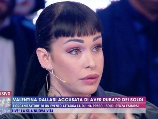 'Live – Non è la D'Urso', dopo essere stata accusata di furto da un organizzatore di eventi Valentina Dallari racconta tutta la sua verità (Video)